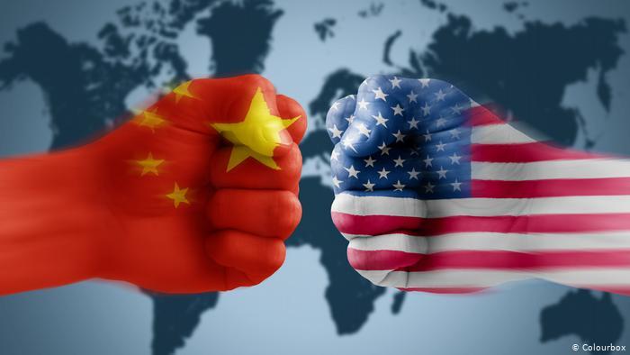 中美貿易戰持續升温,《路透》引述消息人士指,美國政府考慮限制資金流入中國企業,並考慮將在美國上市的中國公司從美國股票交易所除牌。鑑於消息事出突發,亦相信會對金融市場帶來非常大的動盪,Invest101及時列選出532家在美上市中國公司名單,方便投資者參考並作出相關規避風險安排。